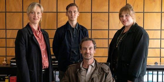 """Stefanie Reinsperger (r.) ist die Neue im """"Tatort"""" Dortmund."""