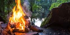 50 Personen feiern im Wald illegale Lagerfeuer-Party