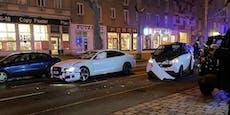 Audi fährt in Simmeringmit kleinem Smart zusammen