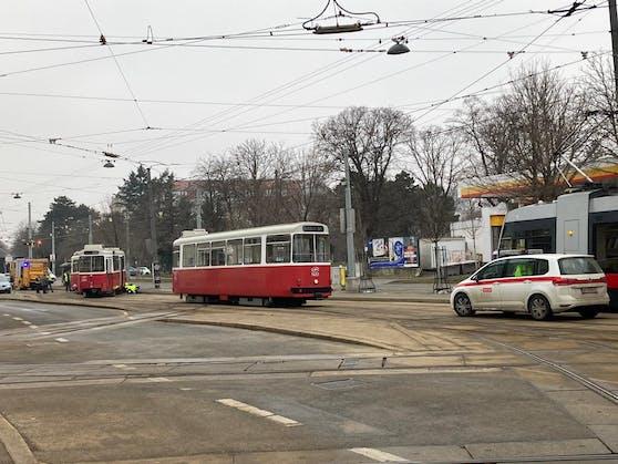 In Wien soll am Montag eine Straßenbahn entgleist sein.