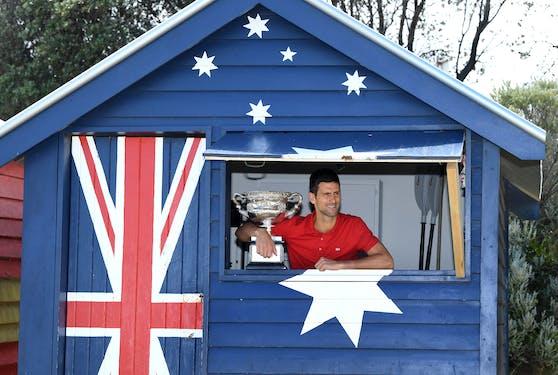 Djokovic am Strand in Australien: 18. Titel bei Grand-Slam-Turnier, zwei Titel fehlen auf Federer und Nadal.