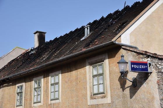 Polizeistation am Tag nach dem Brand