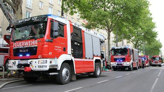 Fahrzeuge der Wiener Berufsfeuerwehr im Einsatz