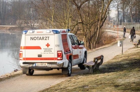 Im Oedtersee in Traun bei Linz wurde eine männliche Leiche entdeckt.
