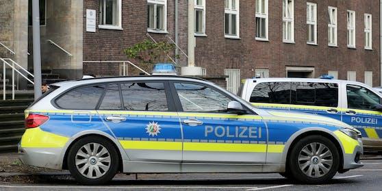 Polizeiautos in Mülheim, Nordrhein-Westfalen. Symbolfoto.