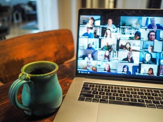 Video-Meetings können oft erschöpfend sein.