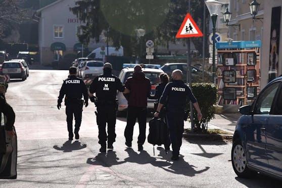 Es wurden wieder Flüchtlinge aufgegriffen. Auch Schlepper konnten verhaftet werden.