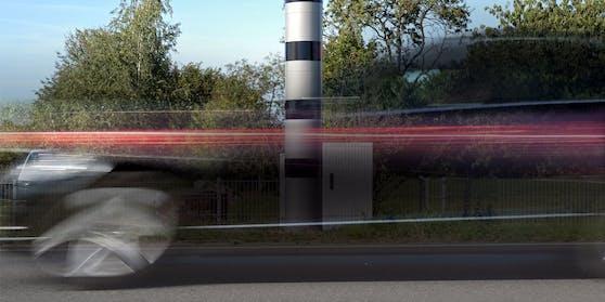 Mit 191 km/h ging der Pensionist der Polizei in die Radar-Falle