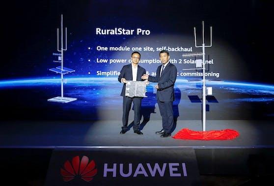David Guo präsentiert Huawei RuralStar Pro.