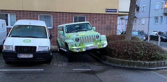 Diese Parklücke war scheinbar nicht groß genug
