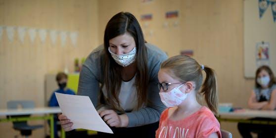 Nicht alle müssen bei der Rückkehr zum Präsenzunterricht eine FFP2-Maske tragen.