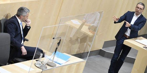 Innenminister Karl Nehammer und FPÖ-Klubobmann Herbert Kickl (R.) während der Aktuellen Stunde im Rahmen einer Sitzung des Nationalrates am Dienstag, 7. Juli 2020