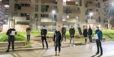Zugemüllte Wohnungen, kaputte Böden in Wiener Neubau