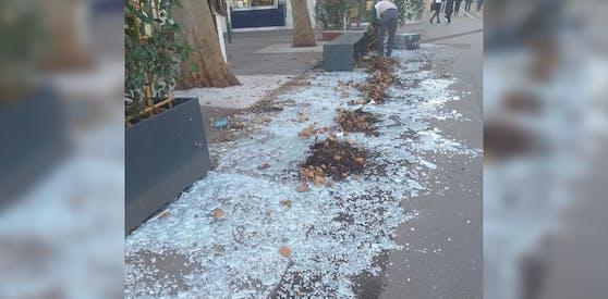 Der Sturm am Donnerstag verursachte schwere Schäden bei dieser Eisdiele.