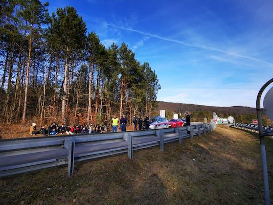 Zahlreiche Flüchtlinge auf der A21 erwischt - ein Bild von Anfang Februar 2020.