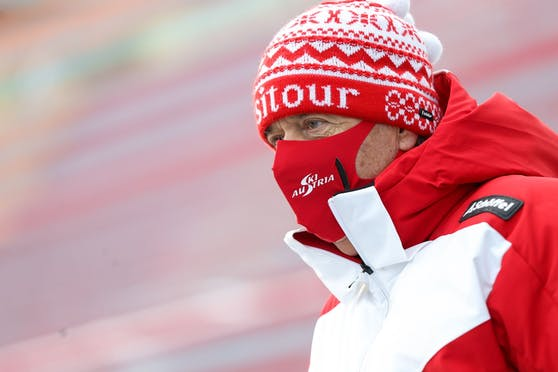 Peter Schröcksnadel gibt sein Medaillen-Ziel vor.