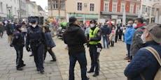 Festnahme und 30 Anzeigen bei Demo in Wr. Neustadt