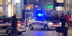 Teenie-Bande pöbelt Wiener in der City an und flüchtet