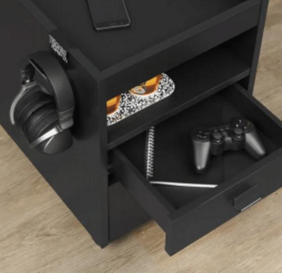 Neu hat der schwedische Möbelhersteller Ikea Gaming-Möbel im Sortiment.