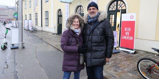 Das Ehepaar Roswitha und Martin M. plant eine Beauty-Tour.