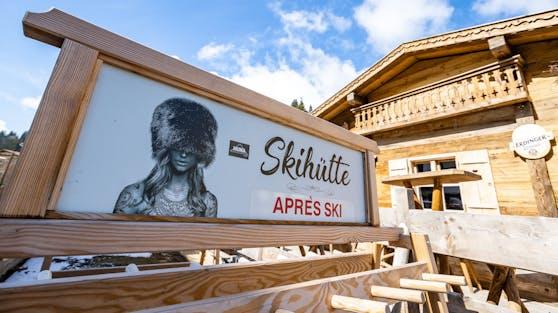Eine Skihütte. Symbolbild