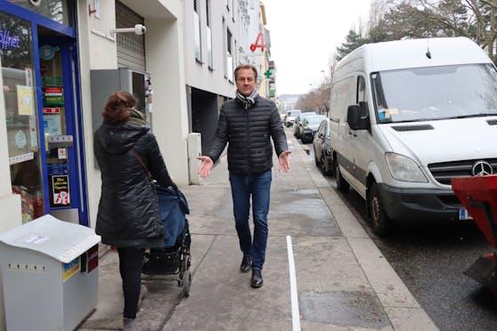 """""""Ein Radweg in der Krottenbachstraße würde die Gehsteige um einen Meter schmäler machen"""", so Döblings Bezirksvorsteher-Stellvertreter Robert Wutzl (ÖVP)."""
