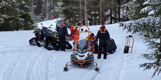 In Achenkirch, Tirol, kam es am Dienstag (09.02.2021) zu einem schweren Rodelunfall.
