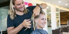 Erster Friseur plant Corona-Tests vor Ort im Salon