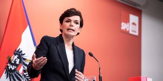 Pressekonferenz in Wien mit Pamela Rendi-Wagner zur aktuellen Corona-Entwicklung. Archivbild