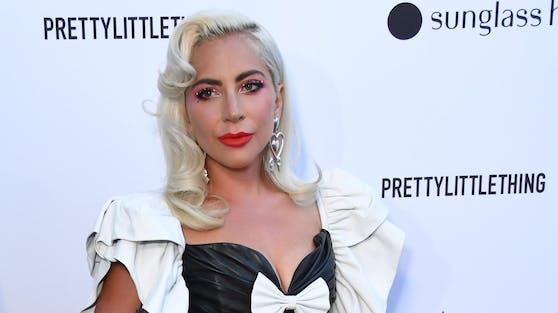 Superstar Lady Gaga hat ihre geliebten Hunde wieder und bedankt sich großzügig bei ihrem schwer verletzten Hundesitter.
