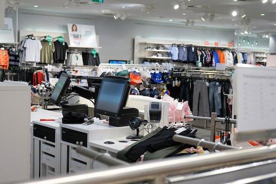 Click-und-Collect hat nicht bei allen Händler den gewünschten Erfolg reingebracht. Baumärkte und Möbelhändler konnten profitieren, in kleineren Läden ohne Digitalstrategie blieben die Geschäfte zu – stationär und online.