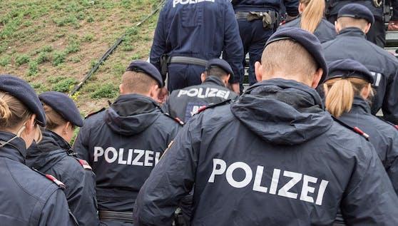 Einsatzkräfte der Wiener Polizei