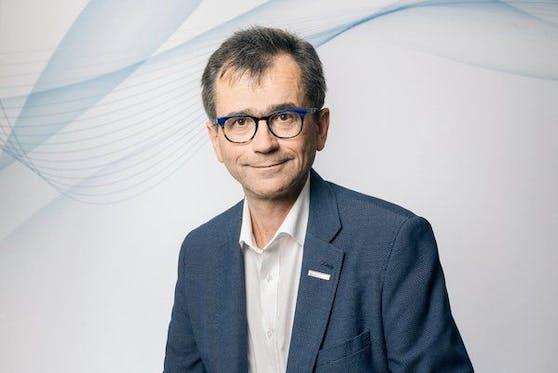 Peter Niedermoser, Ärztekammer-Präsident in OÖ, kritisiert die Sozialversicherung.