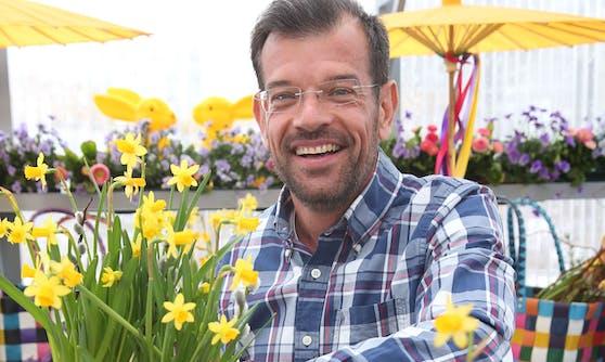 Karl Ploberger läutet im Lotto-Studio die Frühjahrssaison ein.
