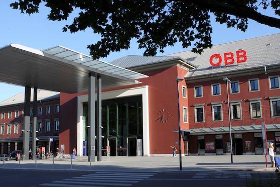 In unmittelbarer Nähe zum Klagenfurter Hauptbahnhof kam es am Donnerstag (11.03.2021) zu einer Gewalteskalation.