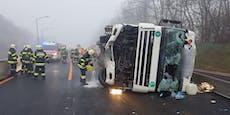 LKW mit Gefahrengut umgekippt - Totalsperre auf der A9