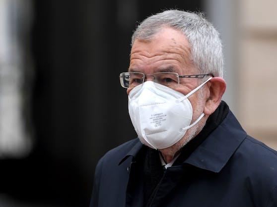 Bundespräsident Alexander Van der Bellen mit FFP2-Maske.