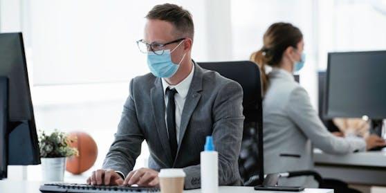 Kommt eine Maskenpflicht in der Büros?