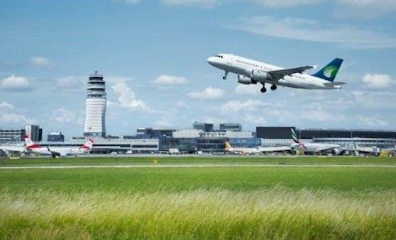 Eine maßgeschneiderte Netzwerklösung sorgt für Flugsicherheit im heimischen Luftraum.