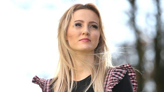 Sängerin Melissa Naschenweng trauert um ihren geliebten Großvater.