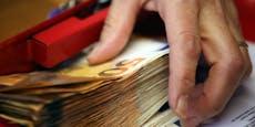 Mann kriegt17.139,81 Euro, weil er keinen Job bekam