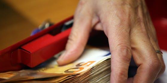 Weil ein Unternehmen ein Wiedereinstellungsversprechen nicht einhielt, gab es eine Schadenersatzzahlung.