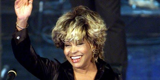 """Ende März erscheint mit """"Tina"""" ein neuer Dokumentarfilm über das Leben der Musiklegende. Dann will Tina Turner dem Showbusiness endgültig den Rücken kehren."""