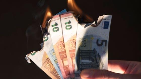 Die Kosten für Wohnen, Energie und Wasser brennen das Ersparte weg.