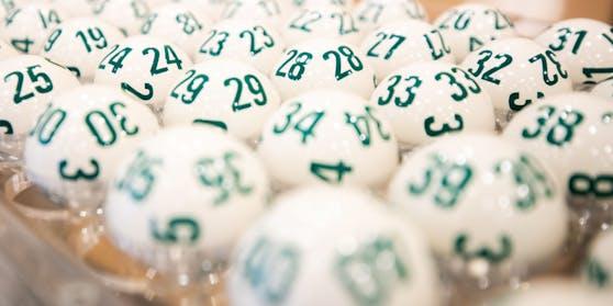 Lotto-Kugeln in der Wiener Zentrale. Archivbild