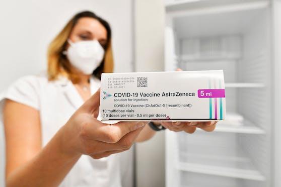 So sieht die Packung des AstraZeneca-Vakzins aus.