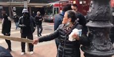 76-Jährige prügelt Angreifer mit Stock ins Spital