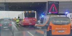 Auffahrunfall auf der Wiener A22 – hier staut es