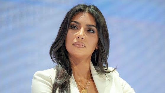 Kim Kardashian hat es mittlerweile vom Promi-Sternchen bis zur Milliardärin geschafft.