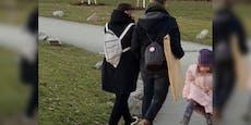 Wienerin trägt FFP2-Maske als Rucksack